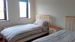 15 Rinn na Mara Dunfanaghy - twin bedroom