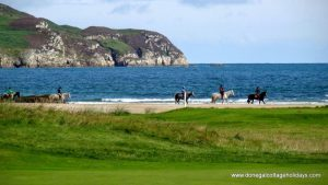 Horn Head Lodge Dunfanaghy pony trekking on the beach